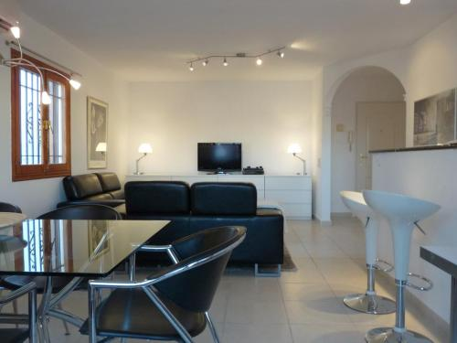 Fuengirola house - Furnished in modern style